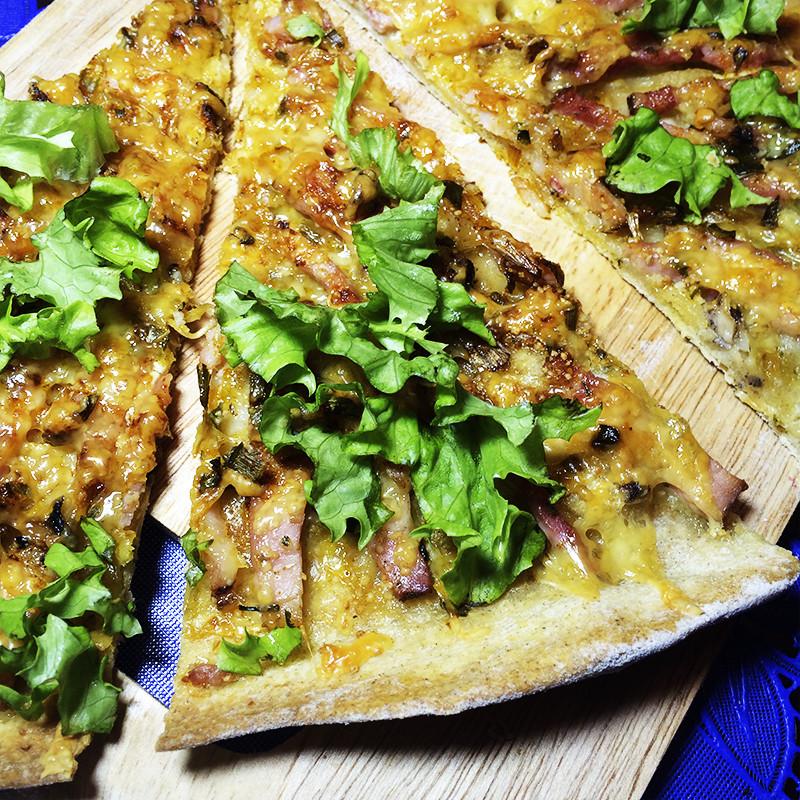 Пицца с мясом и Чеддером (25к)