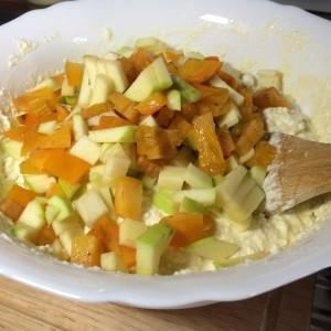 Запеканка с хурмой и яблоками (13)