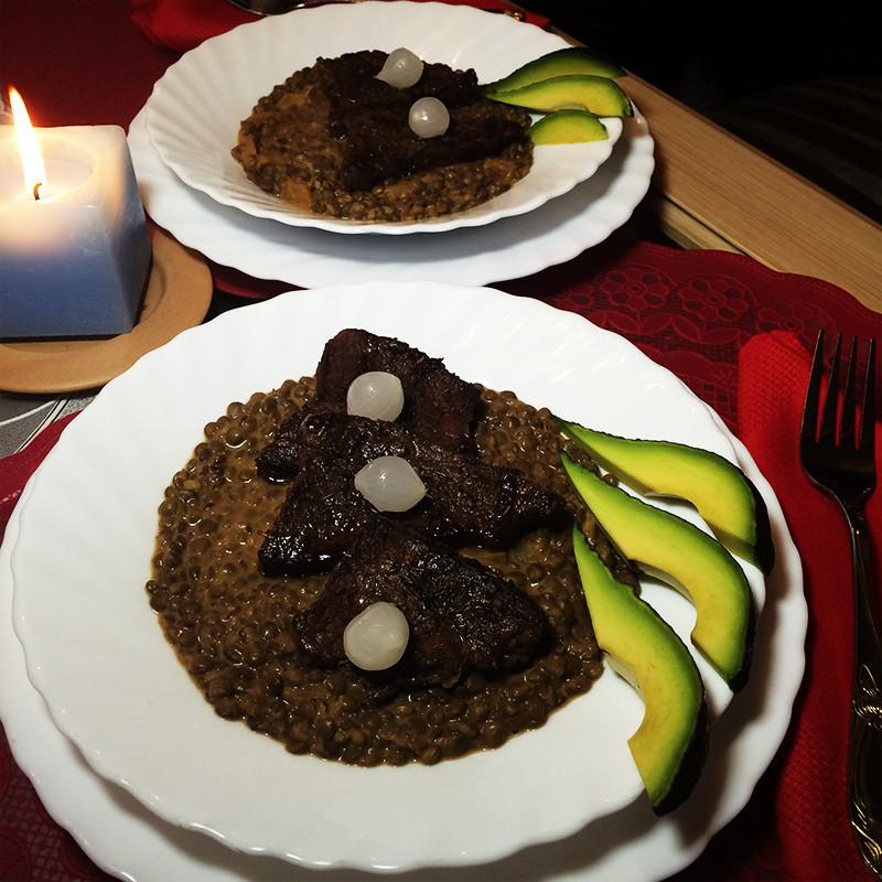 Мраморная говядина с чечевицей (35к)