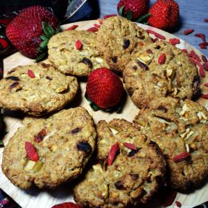 Фитнес-печенье с годжи и яблоком 1