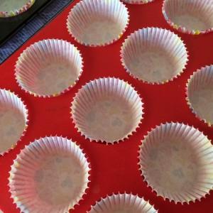 Маффины с шоколадом и вишней 13