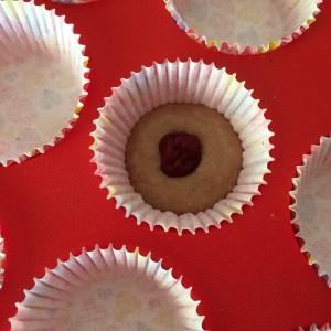 Маффины с шоколадом и вишней 14