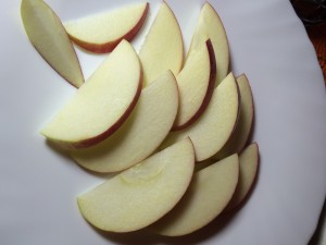 Каша с пряными яблоками и кешью