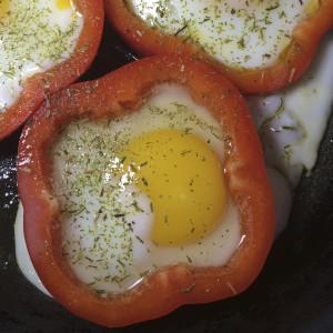 Яйцо в оправе