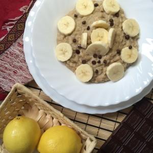 Веганская каша с бананом
