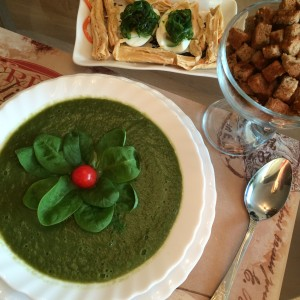 Суп из шпината и брокколи 01