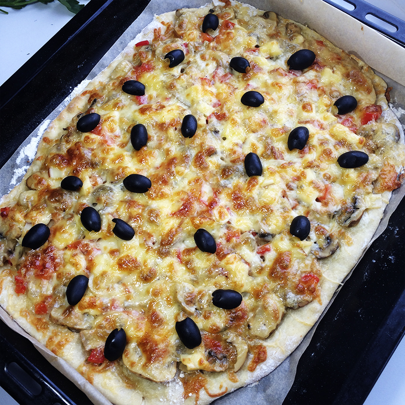 Пицца с грибами 1