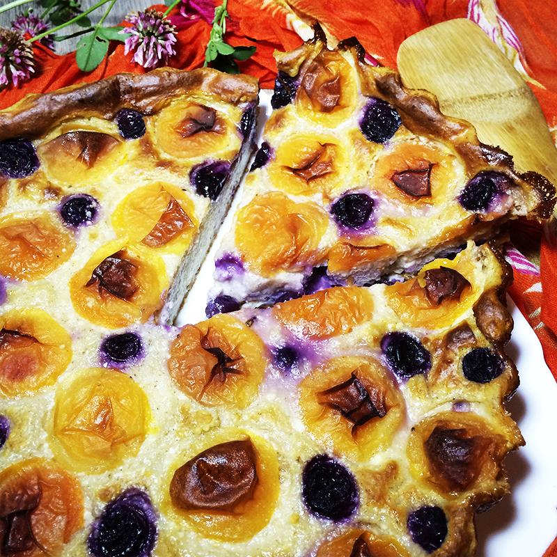 Творожная запеканка с абрикосами