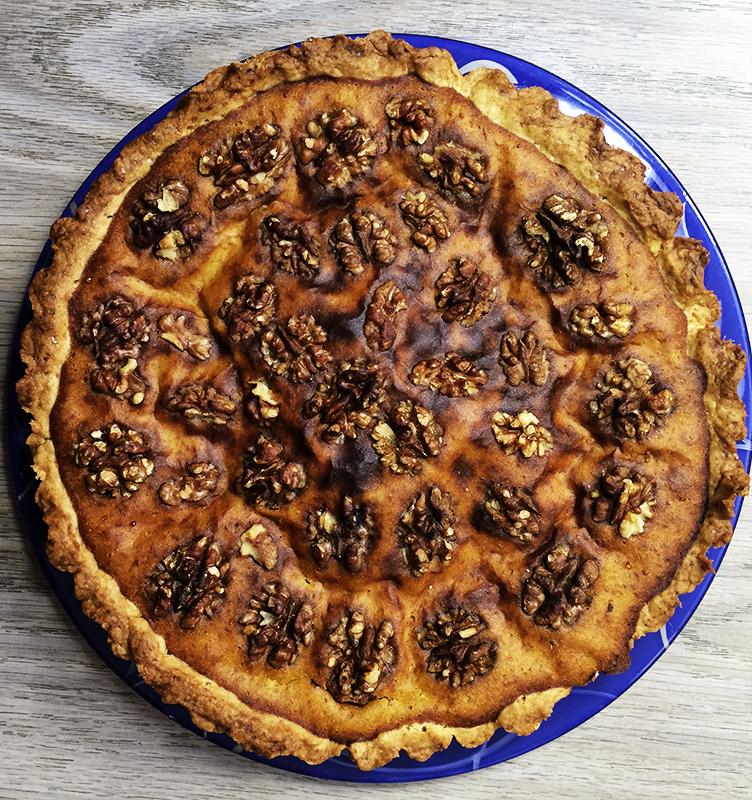Тыквенный пирог с орехами (26к)